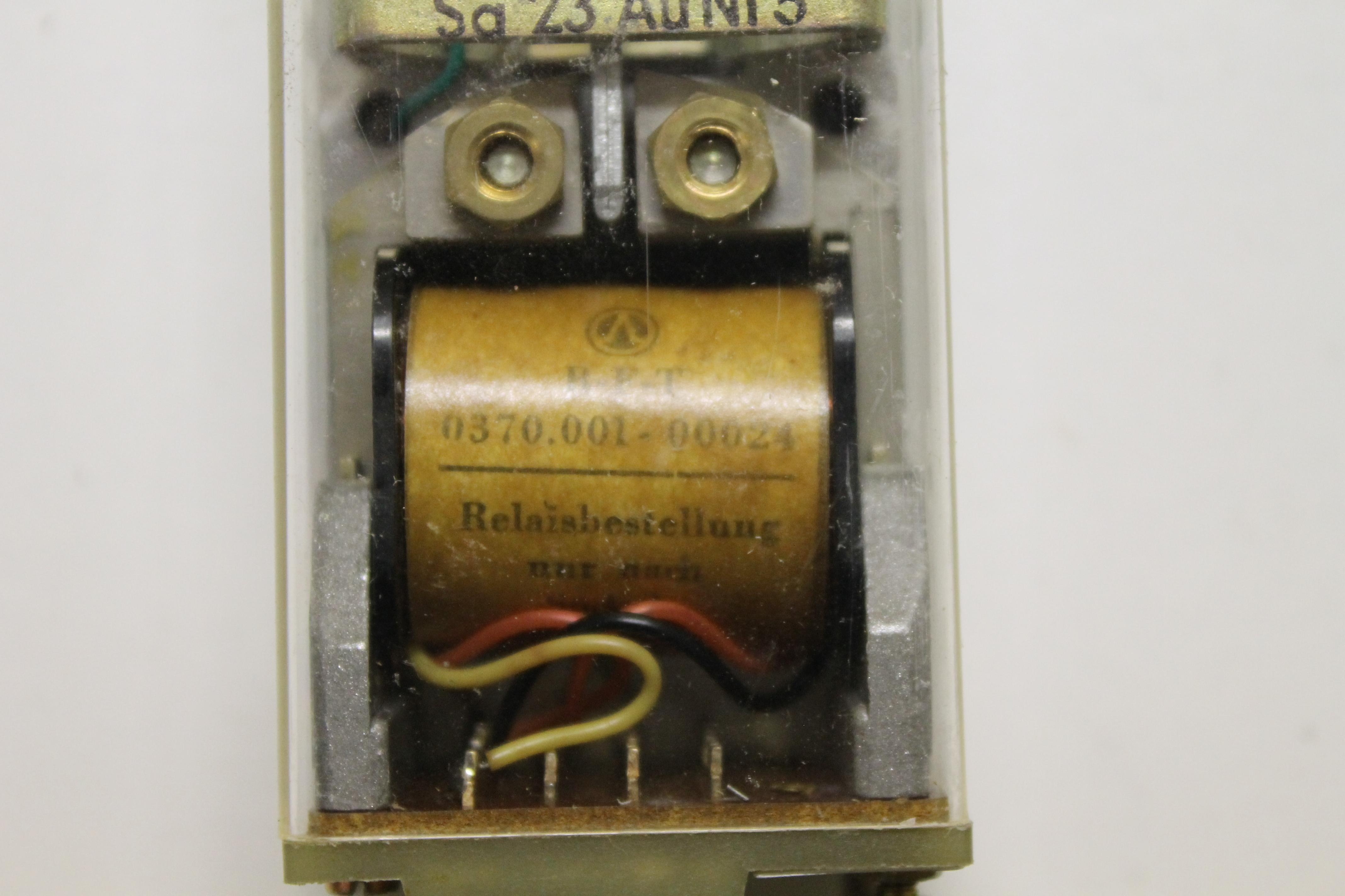 DDR RFT Relais 0370.001-00024 Sa 23 AuNi 5